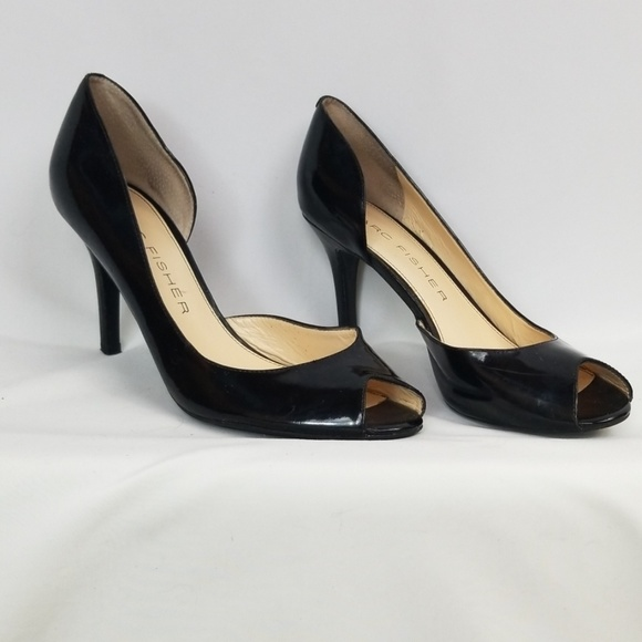 Marc Fisher Shoes - Marc Fisher black heels, size 8